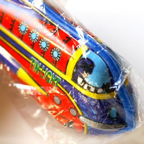 ブリキのライターホルダー・ロケット・レッド