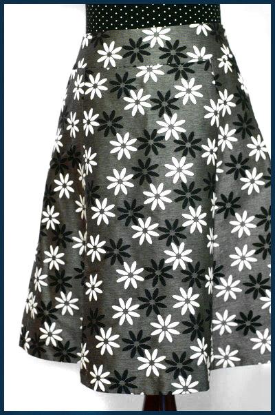 シルバーグレー*お花刺繍Aラインスカート