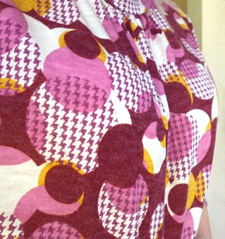 レトロ柄*赤紫*カットソー