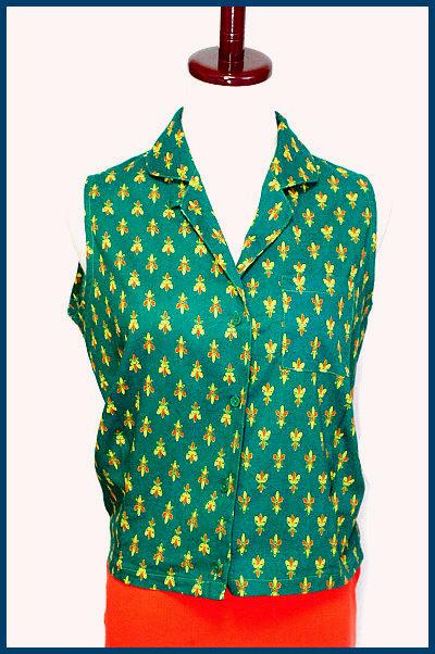 緑*コモン柄*ノースリーブシャツ