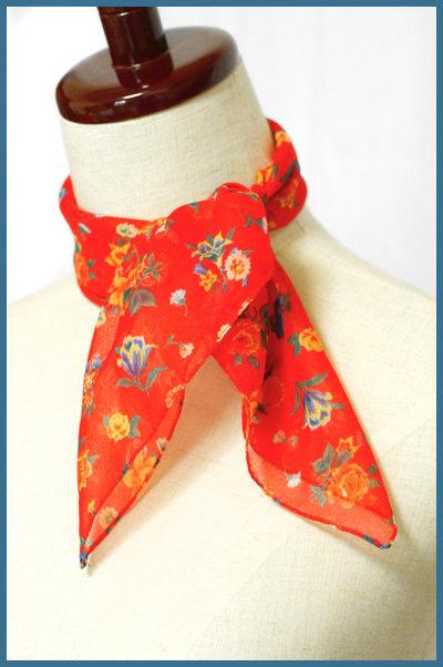 小花柄*赤シフォン*正方形スカーフ